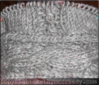 Cabled hat w watermark